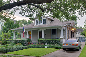 House Styles to Know | #4: Craftsman Bungalow (1905-1930 ... on old craftsman bungalow house plans, large craftsman lake house plans, large craftsman floor plans,